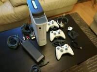 Xbox 360 120GB 3 controller