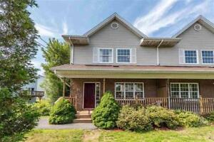 Shared student rental. Spacious three bedrooms, 3 bath house.