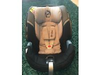 Cybex Gold Aton 5 car seat and isofix base.
