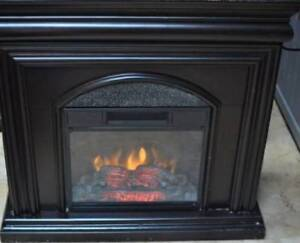 STYLYSH FIREPLACE MANTEL WITH FIREBOX AND HEATER