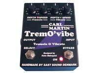 CARL MARTIN TremO' vibe Analogue Tremolo & Vibrato 'two in one' pedal. MINT