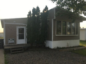 Amazing Mobile Home in Caronport