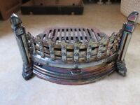 """VINTAGE FIRE GRATE LUSTRE FINISH WITH TRAY - CURVED FRONT - 16 """" WIDE - COLLECT ONLY BENFLEET"""