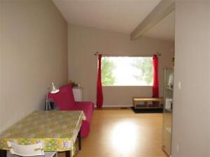 3 bedrooms near South Gate Mall for rent