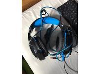 Blue computer headphones (light up)