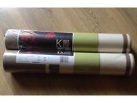 Two rolls wallpaper
