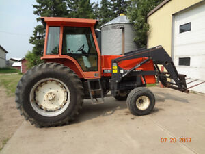 Allis Chalmers 8010 tractor with loader