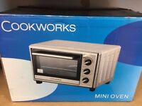 Cookworks mini oven. Brand new in the box
