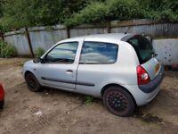 Renault clio 1.2 petrol 2002