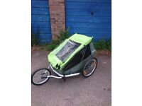 Bicycle child trailer, basically new, does need a new top bar for pushing