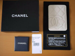 Brand New Chanel Credit Card Holder WHITE $400, RARE COLLECTION