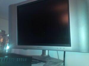 Sharp Aquas flat screen tv/computer monitor