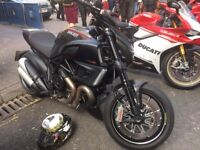 Ducati Diavel Carbon Black