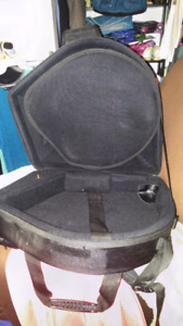 French horn case (horn with detachable bell)