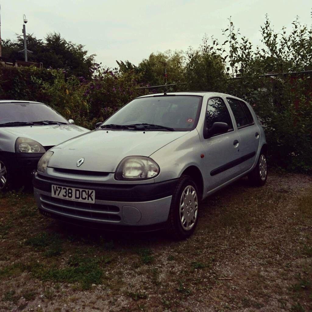 Renault clio 1.2 11 months mot new cambelt