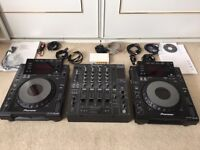 Pioneer CDJ 900 (pair) Boxed & DJM 800 Mixer, All cables + Some Extra's, Excellent Condition