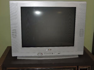 Sanyo 19 inch screen - barely used