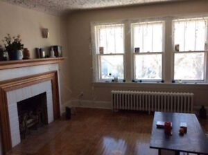 2 bedroom upper flat West End Sept. 1st