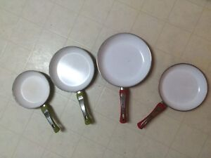 Ceramic cooking pans x 4