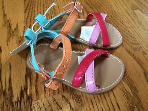 New toddler sandals size 4