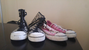 2 pairs of shoes (sizes 4 and 7)