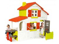 Smoby playhouse with upstairs
