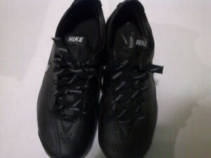 Nike Air men's shoes-11.5-us----10.5-uk-used in new condition