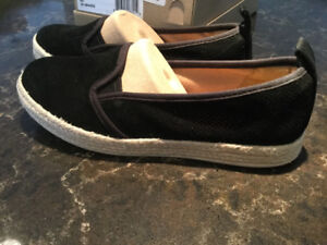 New in Box Clarks Ladies Azella Shoes