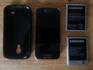 Broken Samsung Galaxy S4 Mini  AS-IS for parts only.
