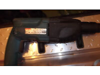 MAKITA HR 2020 110 V SDS HAMMER DRILL for spares or repair