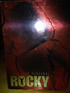 ++++ COFFRET FILMS ROCKY ++++