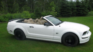 2006 Ford Mustang GT Convertible REDUCED