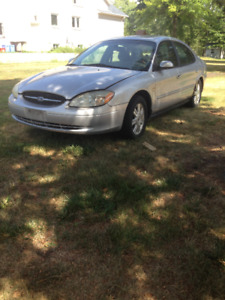 2003 FORD TAURUS FOR SALE 400$