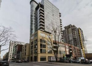 FURNISHED 1100sf Luxurious Condo @ Downtown & OLD MTL w/Indr Prk
