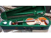 4/4 Stentor Student Violin with case, bow and resin