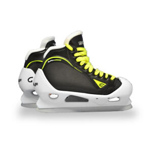 GRAF G5500 JUNIOR GOAL SKATE - BRAND NEW SIZE 4