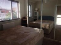 Lovely double bedroom, free from the 23 of July!