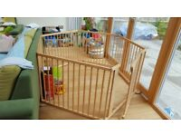 Solid wood Play pen by Strolch