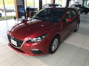 2014 Mazda 3 GS 6-speed automatic! Only 27k!! Great car!
