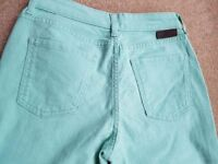 BRAND NEW BODEN JEANS Size 8R (Pea Green) NORMALLY £60