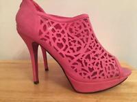 Brand new pink heels 7