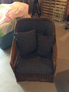 Cottage wicker chair