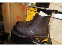 Low Price Workwear!! Dewalt Stanley Site used Workwear Bargain Prices!!!! Safety Boots and Clothing!