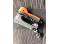 TACWISE ELECTRIC STAPLE GUN FULLY WORKING