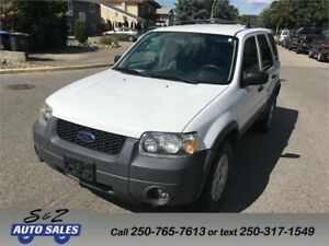 2005 Ford Escape XLT 2 sets of tires!