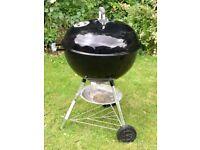 Weber 57cm kettle charcoal BBQ plus Weber Rapidfire BBQ starter