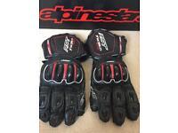 RST trac tec gloves size medium