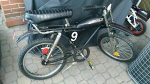 1980's Supercycle BMX Cougar Vintage Black Cruiser Bicycle  RARE