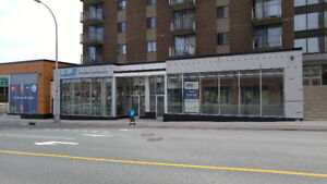 Downtown Street Front Retail Unit For Lease!