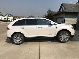 2011 Special Edition Lincoln MKX - Low Km